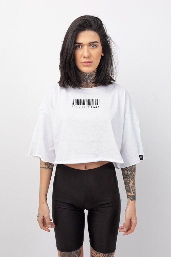 Μπλουζάκι crop top με μανίκι 3/4 σε λευκό χρώμα με στάμπα barcode