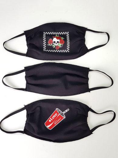 Μάσκες υφασμάτινες για προστασία σε πακέτο τριών τεμαχίων σε τρία διαφορετικά σχέδια