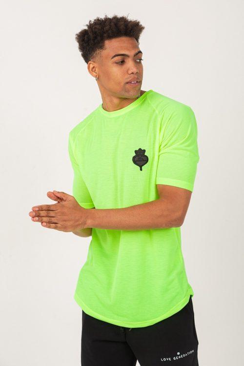 Ανδρικό κοντομάνικο μπλουζάκι σε λάιμ φλούο χρώμα με στάμπα τύπου κεντήματος σε μαύρο χρώμα TS002L