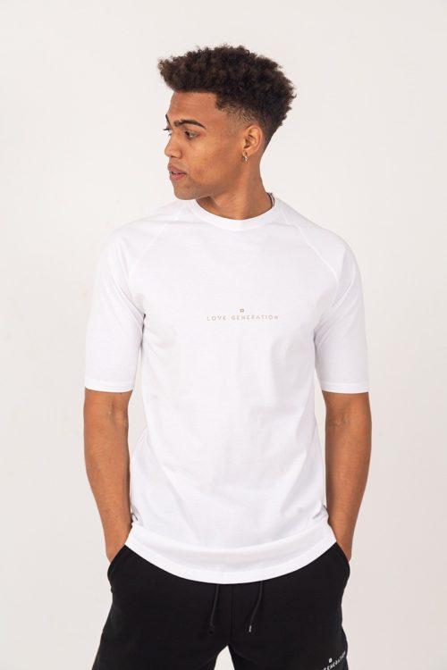 Ανδρικό μπλουζάκι με κοντό μανίκι σε λευκό χρώμα με χρυσή στάμπα TS209G