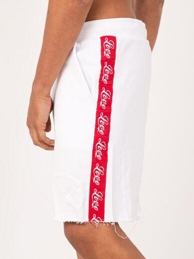 Ανδρική αθλητική βερμούδα σε λευκό χρώμα με κόκκινη τρέσα S015