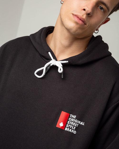 Ανδρικό hoodie με κουκούλα σε μαύρο χρώμα
