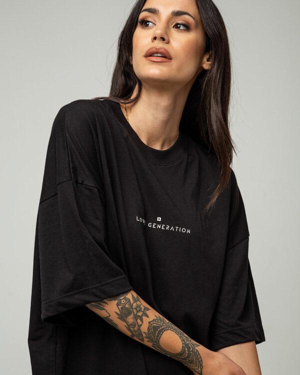 Boyfriend oversized t-shirt κοντομάνικο σε μαύρο χρώμα